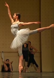 This is Polina Semionova - arguably the greatest ballerina of the 21st century. And she has great calves.
